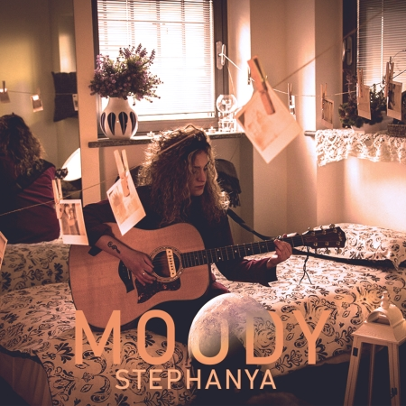 Stephanya - Moody discourbanthebest